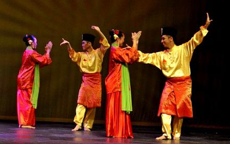 zapin melayu dance north kayong regency west kalimantan indonesia
